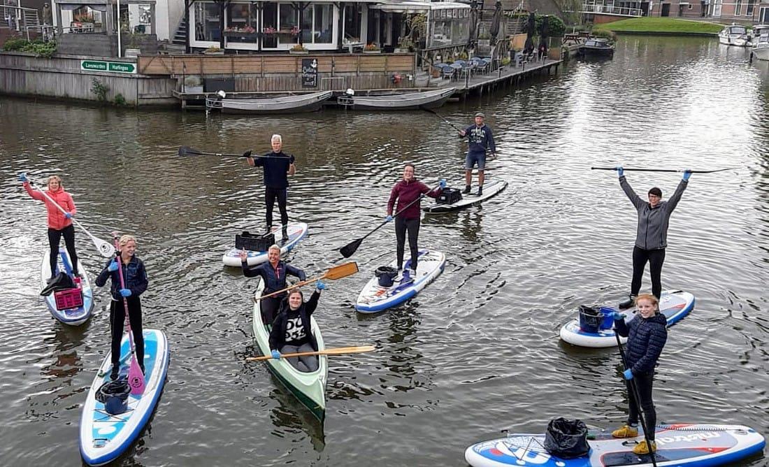 Skjin Wetter: Ruim duizend vrijwilligers maken de Friese wateren schoon